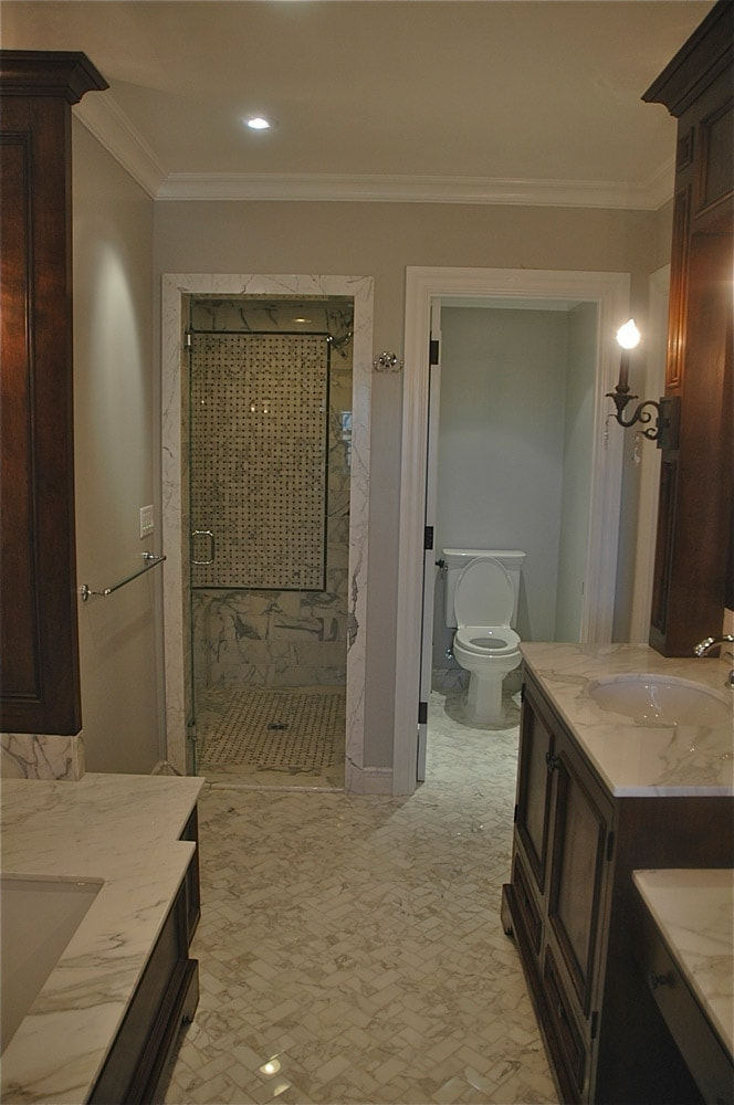 highland-drive-house-ca-bathroom-interior-design