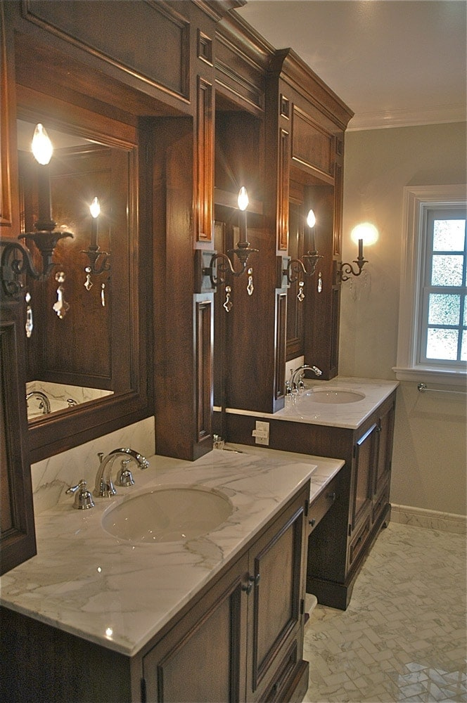 highland-drive-house-ca-bathroom-vanity