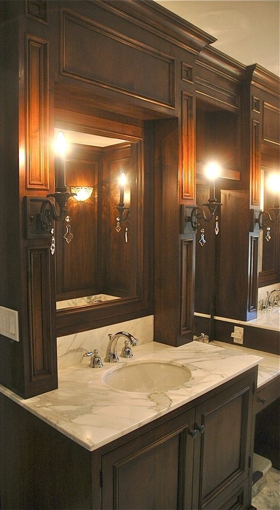 highland-drive-house-ca-master-bathroom-vanity