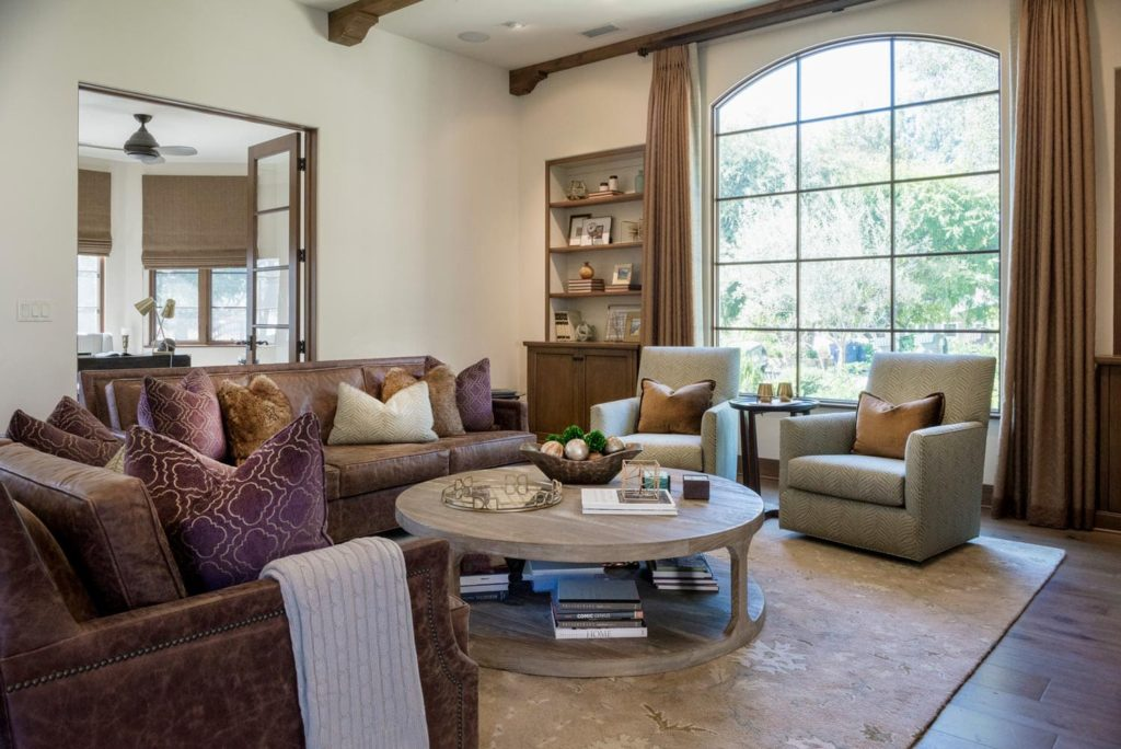 Family room interior design of a La Cañada Blvd house