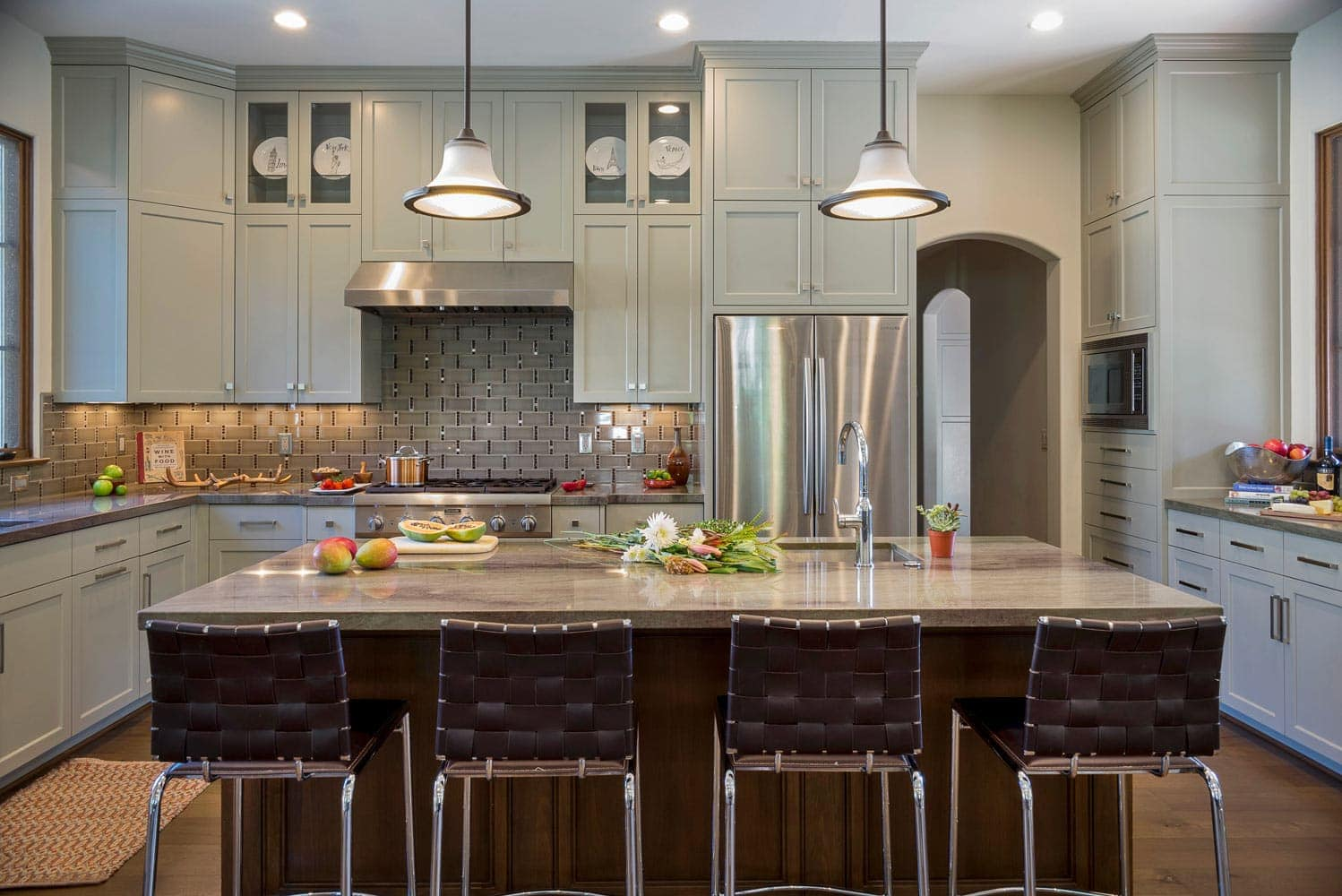 Kitchen interior design of a La Cañada Blvd house