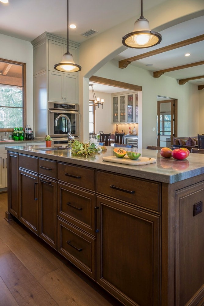 Kitchen island interior design of La Cañada Blvd house