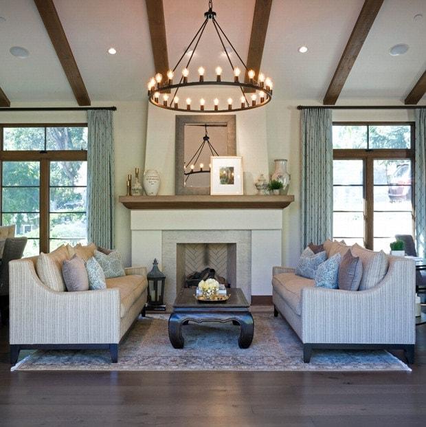 La Cañada's luxurious living room interior design