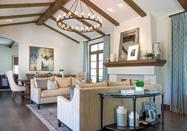 La Cañada's luxurious family room interior design
