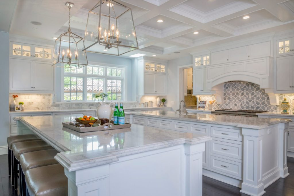Kitchen interior design of La Cañada's Berkshire house