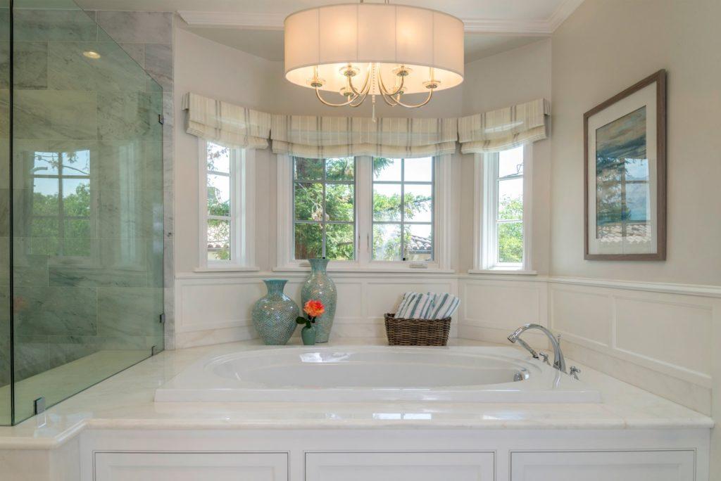 Luxury bathroom interior design of Berkshire home, La Cañada