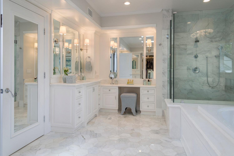 Luxury master bathroom interior design of Berkshire home, La Cañada