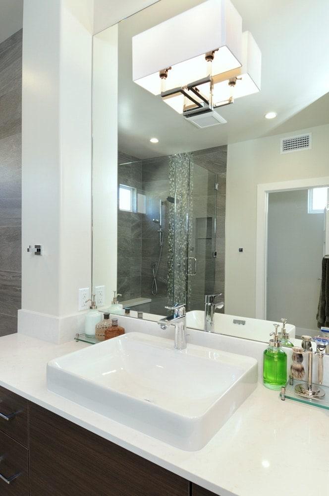 Luxury bathroom vanity design in Glendale, CA