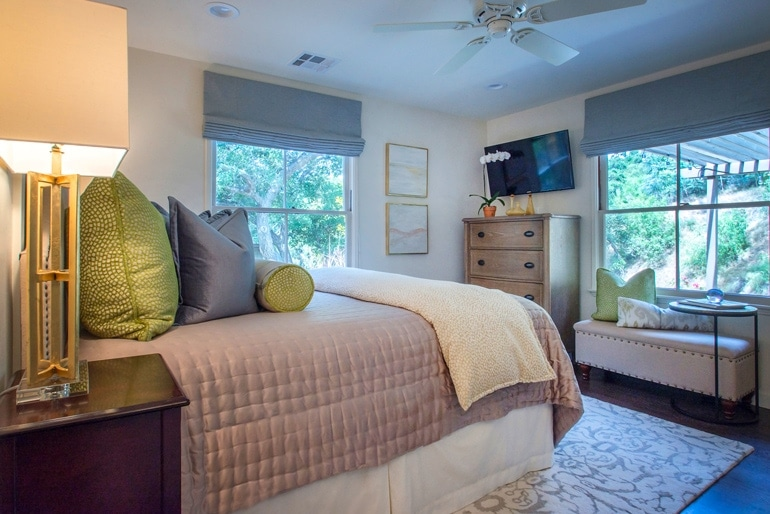 courtney-thomas-guest-house-bedroom-design
