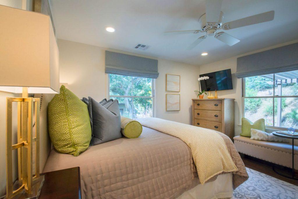 Guest house bedroom interior design at Kings Road, La Cañada