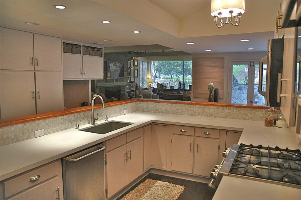 Guest room kitchen interior design at Kings Road, La Cañada