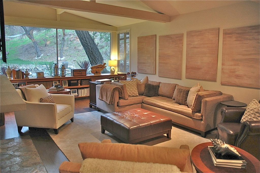 Kings road living room interior design by Courtney Thomas Design in La Cañada