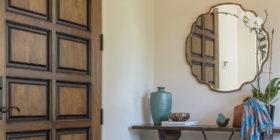 la-canada-blvd-house-entryway-table-decors