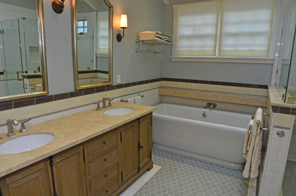 Bathroom interiors in Verdugo Woodlands, CA