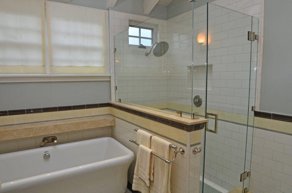 Bathroom interior design in Verdugo Woodlands, CA