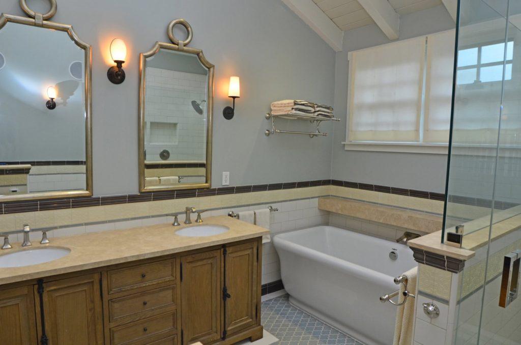Bathroom vanity design in Verdugo Woodlands, CA