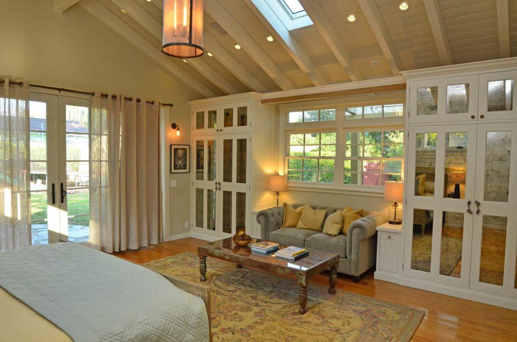 Luxury bedroom design Verdugo Woodlands, CA