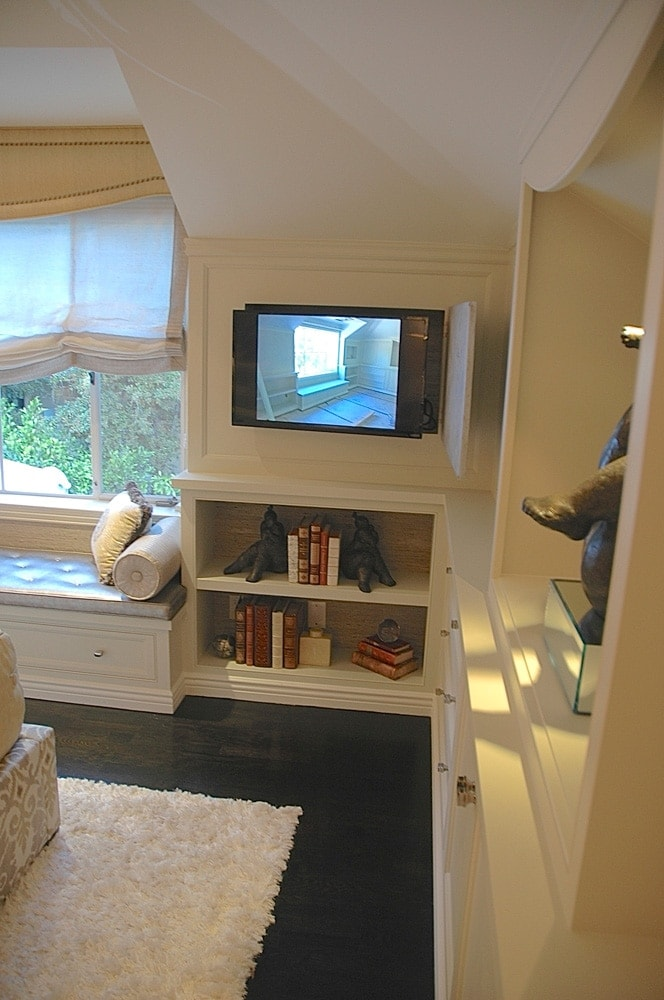 Showcase house bedroom bookshelf decor in Pasadena, CA
